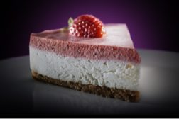 Cheesecake made with Tate & Lyle's DOLCIA PRIMA Low-Calorie Sugar