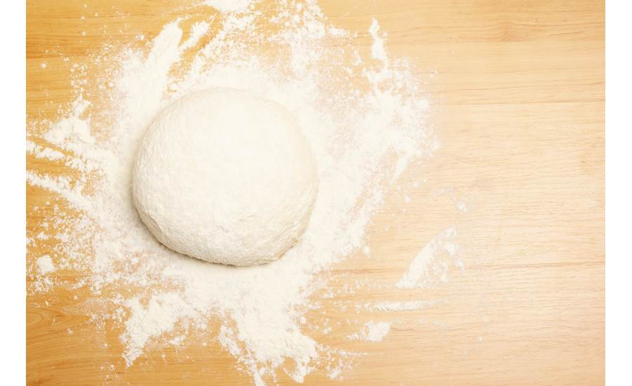 Dough_Floured_Board_900x550