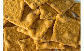 Crackers with Wixon dessert seasoning