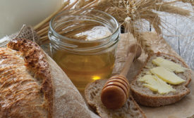 Sweetener solutions for snacks and baked goods