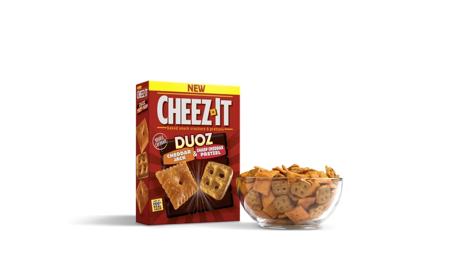 Cheez-It Duoz with sharp cheddar