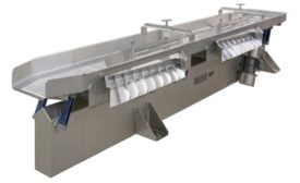 Iso-Flo vibratory conveyor with monobeam construction