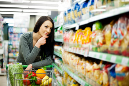 Woman_in_Grocery_Store_F