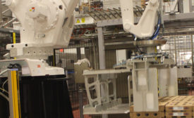 This robot stacks pallets away from people